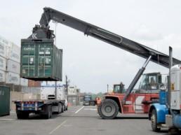 Sprzedaż, wynajem i transport kontenerów